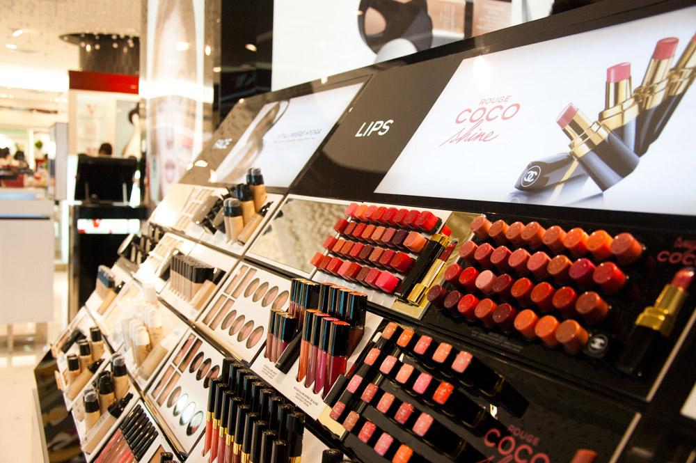 Chanel Make-up Bar