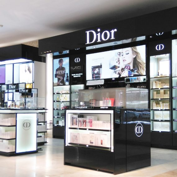 : : RETAIL FIT-OUT : : Dior Bali Indonesia