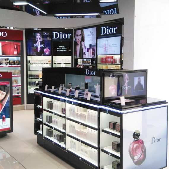 : : RETAIL FIT-OUT : : Dior Dufry — Cambodia
